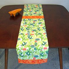 Retro Mid Century Atomic Style Cactus Succulent Palm Springs Table Runner, New, Hand Made by Tiki Queen