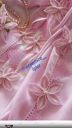 Diy Crafts - admin Eylül 2019 Tatting Leave a Views Crochet Flower Tutorial, Crochet Flower Patterns, Applique Patterns, Crochet Designs, Crochet Flowers, Fabric Flowers, Needle Tatting, Tatting Lace, Needle Lace