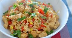 Slimming world Chicken, Red Pepper and Sweetcorn Risotto. Sweet Chilli Sauce gives this a nice kick! Free on extra easy - or green substitute quorn chicken pieces. Slimming World Dinners, Slimming Eats, Slimming World Recipes, Wrap Recipes, Baby Food Recipes, Cooking Recipes, Toddler Recipes, Gf Recipes, Recipies