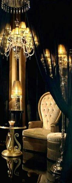 56 new ideas exterior de casas verde Luxury Homes Interior, Luxury Home Decor, Golden Decor, Black Gold Jewelry, Beautiful Curtains, Color Dorado, Luxury Lighting, Vintage Lamps, Modern Luxury