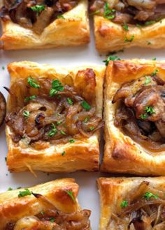Gruyere Mushroom & Caramelized Onion Bites with sautéed crimini mushrooms, balsamic caramelized onions, and applewood smoked Gruyere cheese. ♥ Little Spice Jar Finger Food Appetizers, Appetizers For Party, Cheese Appetizers, Appetizers With Puff Pastry, French Appetizers, Dinner Party Recipes Make Ahead, Brunch Finger Foods, Birthday Appetizers, Crescent Roll Appetizers