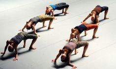 Batsheva Dance Company at Sadler's Wells Contemporary Dance, Modern Dance, Dance Motivation, Group Dance, Evil Clowns, Dance Poses, Learn To Dance, Dance Company, Concert Hall