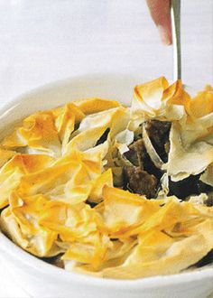 Snack Recipes, Cooking Recipes, Snacks, South African Recipes, Ethnic Recipes, Spanakopita, Kos, Salsa, Chips