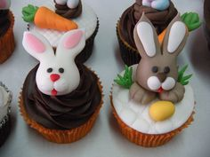 mini cakes - páscoa - pinterest - Pesquisa Google
