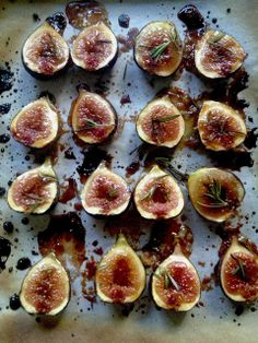 Feasting at Home: ROSEMARY FIG TART For this tart, the figs are cut in half and placed on a baking sheet lined with parchment, sprinkled with brown sugar and a few sprigs of rosemary, and broiled in the oven for just a few minutes until the sugar caramelizes. - See more at: http://www.feastingathome.com/2013/08/rosemary-fig-tart.html#sthash.lag3j0PC.dpuf