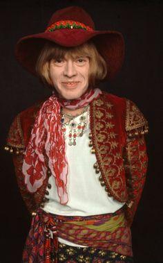 Brian Jones - Nació: Feb. 28 de 1942 -  Murió:  Julio 3 de 1969. Sobre dosis de alcohol y barbitúricos. Miembro Fundador de The Rolling Stones.