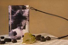 Bolso de piel negro estampado edición limitada