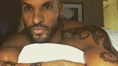 Ricky Whittle, Whittling, Wood Carving