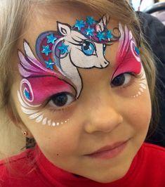 Unicorn eye detail hair wings