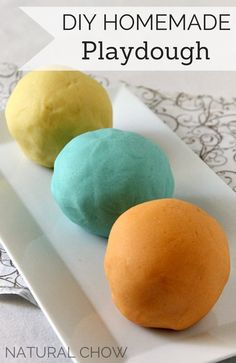 DIY Homemade Playdough | Natural Chow | http://naturalchow.com Good stocking stuffers or just a gift for a niece or nephew!