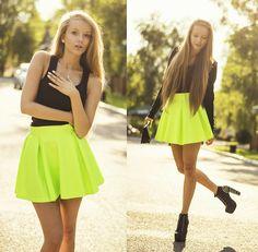 Katarzyna P. - H&M Top, Sheinside Skirt, Oasap Bag, H&M Jacket, Zealotries Shoes - TROPIC + YOUTUBE VIDEO