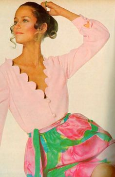Lauren Hutton for Vogue <3 May 1968