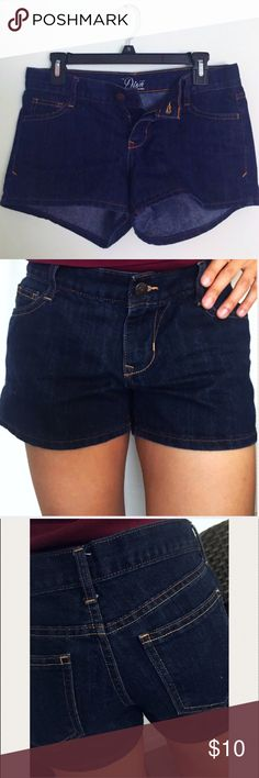 """Old Navy Jean Shorts Pair with a cute top and sandals and head out in the sun! 2.5"""" inseam Old Navy Shorts Jean Shorts"""