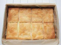 Prajitura Cremsnit - DesertdeCasa.ro - Maria Popa Spanakopita, Cornbread, Food And Drink, Ethnic Recipes, Desserts, Millet Bread, Tailgate Desserts, Deserts, Postres