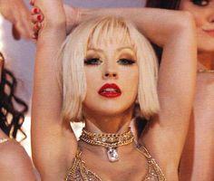 How To: Get Christina Aguilera's Makeup Looks In Burlesque - Makeup For Life - Beauty Blog, Makeup Tutorials, Product Reviews, Swatches, Celebrity Makeup