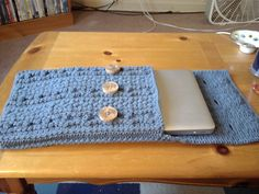 Bobble Wrap Laptop Sleeve pattern by Emily Wendel (free pattern on ravelry)