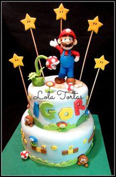 Torta de Mario bros.  Mario Bros cake. Lola Tortas Super Mario Bros, Mario Bros Y Luigi, Super Mario Peach, Bolo Super Mario, Mario Bros Cake, Super Mario Birthday, Mario Birthday Party, Super Mario Party, Mario Bros.