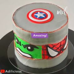 All you favorite superheros in one cake! Avengers Birthday Cakes, Superhero Birthday Cake, Birthday Cakes For Men, Geek Birthday, Birthday Quotes, 5th Birthday, Birthday Ideas, Hulk Cakes, Superman Cakes