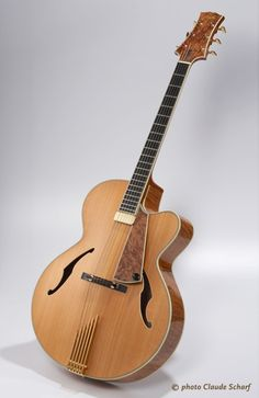 Cheval Guitars Strad Artisan