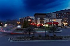 Old Chicago Pizza & Taproom signed a four-unit franchise development agreement to open new restaurants in South Carolina in Greenville, Spartanburg and Horry counties.Old Chicago Pizza