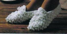 Free Crochet Pattern ~ Snowball Slippers