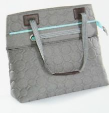 Vary you versatile bag in quilted gray dots. Gorgeous new style from thirty one!
