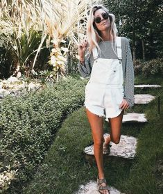 38 Trendy Overalls Outfits Ideas for Summer - Bellestilo Diy Outfits, Spring Outfits, Spring Summer Fashion, Casual Outfits, Cute Outfits, Fashion Outfits, Womens Fashion, Fashion Tips, Fashion Trends