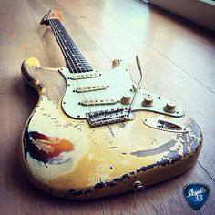 They're not scars, they're beauty marks. Don't you agree? Check out @sbe81 awesome custom made relic Strat #stratocaster #guitar Learn to play guitar online at www.studio33guitarlessons.com