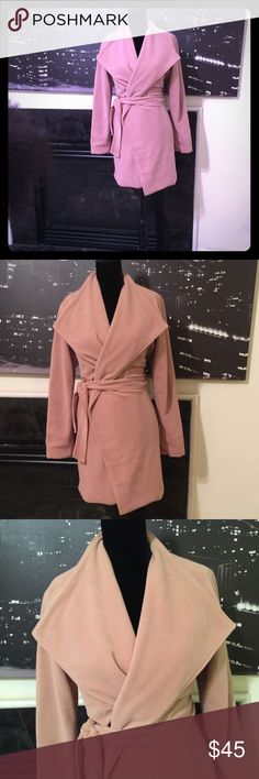 Stanzin belted wrap coat. Tan lite weight  wrap with lining. Sz M excellent condition. Jackets & Coats