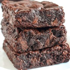 Ultra chewy brownies better than box mix! The post Ultra chewy brownies better than box mix! appeared first on Dessert Park. Fudge Brownies, Torta Fudge, Beste Brownies, Homemade Brownies, Brownie Bar, Boxed Brownies, Cosmic Brownies, Banana Brownies, Nutella Brownies