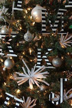 99 elegant black and gold christmas decoration ideas - Gold And Black Christmas Tree Decorations