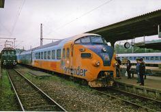 "Ontario Northland ""Northlander"" with 1957 built RAm/ DE IV Tee (1985)."