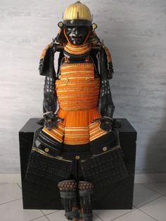 32ken suji kabuto golden iron armor,