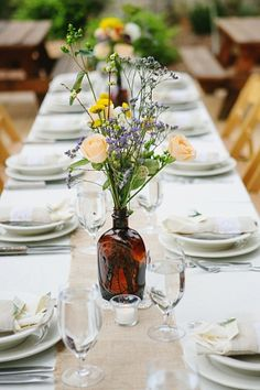 Yosemite wedding table scape Photography by Corinne Krogh Photography