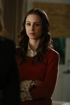 Spencer Hastings media gallery on Coolspotters. See photos, videos, and links of Spencer Hastings. Pretty Little Liars Episodes, Pretty Little Liars Spencer, Pretty Little Liars Outfits, Pretty Little Liars Seasons, Pretty Litle Liars, Estilo Preppy, Janel Parrish, Teen Choice Awards, Lucy Hale