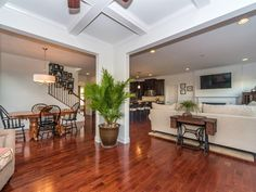 David Lowry with Berkshire Hathaway Homesale Realty: 1310 HAMMOCK WAY, LANCASTER, PA 17601 | homesale.com | MLS ID 244266