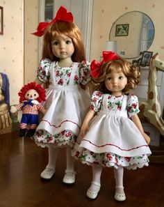 Caroline with her sister, Boneka Jill. This is my first attempt at sewing for a Boneka doll!