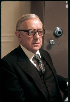 'Tinker, Tailor, Soldier, Spy,' With Alec Guinness - Review - The New York Times