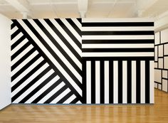 Sol Lewitt, Walled In