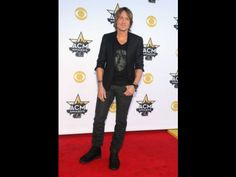 Keith Urban arrives at the 50th annual Academy of Country Music Awards at AT&T Stadium on Sunday,