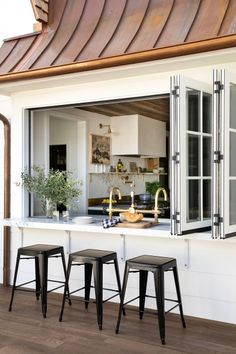 Home Decoration Table .Home Decoration Table Indoor Outdoor Kitchen, Outdoor Kitchen Design, Outdoor Spaces, Outdoor Kitchens, Outdoor Patios, Style At Home, Küchen Design, Patio Design, Design Ideas