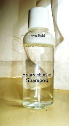 Tegenwoordig willen veel mensen zelf shampoo maken en dat is niet zo vreemd. Veel shampoos uit de drogisterij bevatten schadelijke chemische bestanddelen.