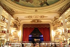 Ateno Ateno (The Grand Splendid)- A theatre turned into a beautiful bookshop. When am I going to Argentina? (Via @Specs EyewearStudio)