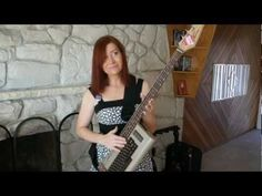 How cool is this c64 bass guitar? Sub Zero!