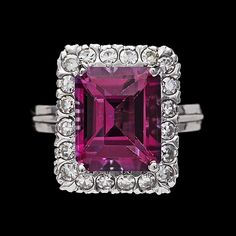 A pink topaz and brilliant cut diamond ring, tot. 0.40 ct. 18k white gold