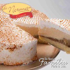 Bolo Maravilha de banana: Pão de ló, recheado de delicioso creme flambado de banana com leite condensado. Cobertura de chantilly e canela em pó.  #love #cake #DiNorma #curta e #compartilhe