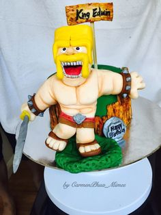 1st cake - Barbarian King of Clash of Clans