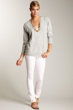 Love this outfit for work and school. So effortlessly chic!