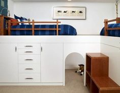 Kids' Bunk Beds With White Laminate Shelves & Drawers The loft-style beds in this boys' room have plenty of storage and a play area underneath, making the space appear larger. Bed Storage, Bedroom Storage, Storage Drawers, Modern Bunk Beds, Kids Bunk Beds, Loft Beds, Modern Kids, Modern Family, Bed Styling