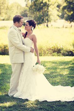 A beautiful couple. Photo by Eileen. #minneapolisweddingphotographer #outdoorwedding